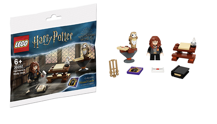 FIRST LOOK!! LEGO Harry Potter Hermione's Study Desk Polybag 30392